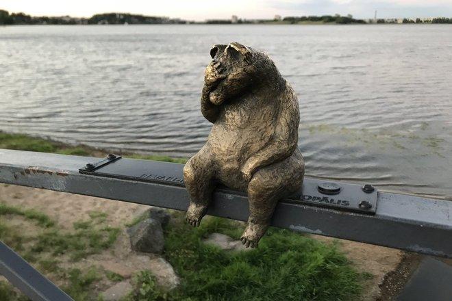 """Sculptures """"Bears"""""""