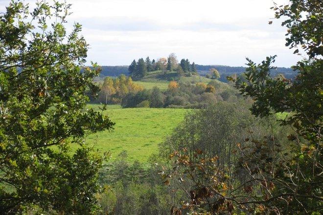 Sprūdė (Spoon) mound