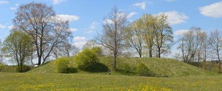 Biržuvėnai mound
